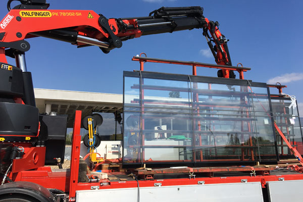 glass panels on lorry